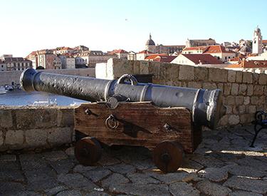 Dubrovnik castle gun