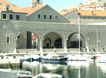 Rent a yacht in Dubrovnik