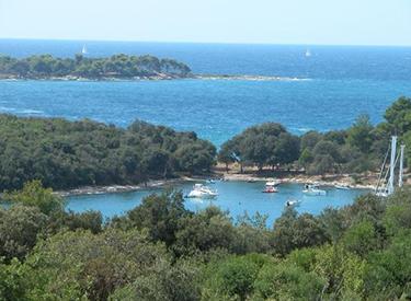 Sailing bay Vrsar